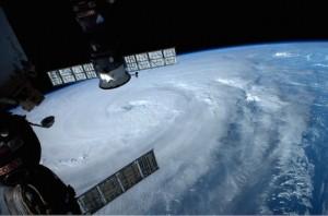 台風8号衛星写真